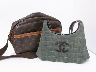 567e277aeda6 以前も当店をご利用いただいた目黒区の女性リピーター様からルイヴィトンやシャネルのバッグをお買取りさせていただきました。いつもありがとうございます!